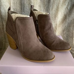 Madden Girl Eviita Woven Ankle Boot Grey Booties